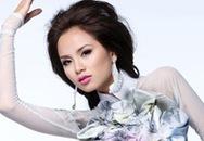 Diễm Hương mặc áo dài mang hình bản đồ VN