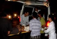 Đào cống, 2 công nhân bị điện giật bất tỉnh