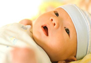 5 rắc rối mẹ thường gặp khi cho bé ăn