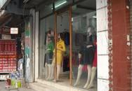 Hàng thời trang giảm giá tới 50% vẫn ế