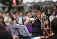 Biểu diễn giao hưởng trên đường phố Hà Nội