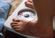 Bị vợ quản quá chặt, chồng sụt 90 kg