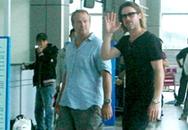 Brad Pitt đã rời Côn Đảo một mình