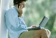 Đặt laptop lên đùi gây hại tinh trùng