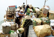 Chợ nổi sông Đà