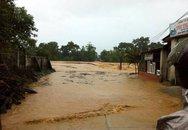 Nước lũ bao trùm tại nhiều địa phương tỉnh Hà Tĩnh