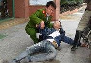 Cảnh sát trẻ cứu người co giật ngay giữa đường