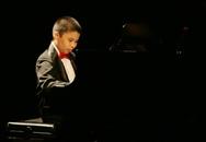 Chuyện cảm động về tài năng piano 13 tuổi