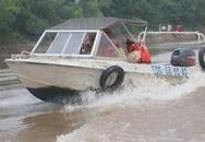 CSGT đường thủy tích cực tìm kiếm thi thể nạn nhân bị chủ thẩm mỹ viện ném xuống sông