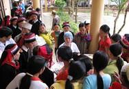 Chiến dịch truyền thông chăm sóc SKSS đợt 1/2012: Ngày vui về với người dân