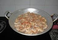 Tự làm tôm khô ăn Tết