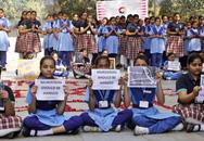 Kinh hoàng bé gái 13 tuổi bị cưỡng hiếp tập thể rồi thiêu sống