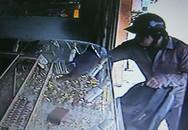 Truy tìm người phụ nữ bí ẩn trong vụ cướp tiệm vàng 30 giây