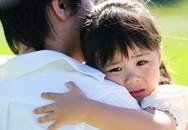 """Sự nhẫn tâm của những bà mẹ dạy con bằng cách """"bôi nhọ"""""""