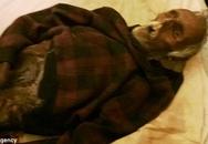 Ngủ bên xác chồng đang phân huỷ suốt 1 năm trời vì quá yêu