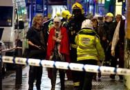 Sập trần Nhà hát Apollo ở London, 88 người bị thương