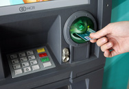 Ngân hàng nô nức... thu phí rút tiền ATM