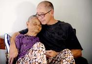 Cảm động cựu binh Mỹ đúc tượng sống mẹ Việt Nam Anh hùng
