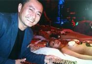 Trương Minh Cường ăn sushi trên người đẹp nude
