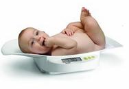 Đánh giá trẻ không chỉ một cái cân!