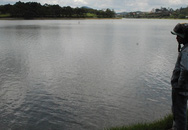 Thi thể người đàn ông nổi trên hồ Xuân Hương