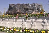 Tượng Phật bằng đá sapphire lớn nhất Việt Nam