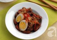 Thịt heo quay kho trứng cho cơm tối đậm đà