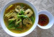 Canh chua nấu cá chuồn thanh mát ngày hè