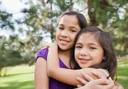 6 gợi ý tuyệt vời dạy con biết chia sẻ và yêu thương