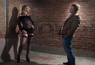 Báo cảnh sát vì gái mại dâm quá xấu
