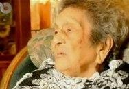 Cụ bà 100 tuổi tốt nghiệp tiểu học