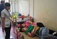 Hàng loạt người nhập viện sau bữa cơm trưa