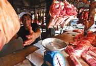 Thịt hư rửa chất sát khuẩn: Độc gấp đôi