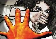 Vợ tiếp tay cho chồng cưỡng hiếp cả con gái, cháu gái