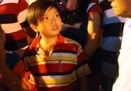 Náo loạn vì 7 học sinh bị 'bắt cóc' đi nhận quà