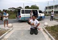 Trung Quốc: Bố đi cướp ngân hàng để lấy tiền trả viện phí cho con