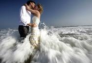 Phát sốt với cặp đôi đi khắp thế gian để làm đám cưới