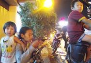 Mẹ nghiện bắt con đi ăn xin ở Sài Gòn