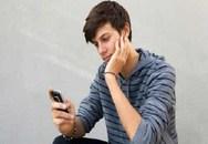 Chồng nghiện điện thoại hơn vợ