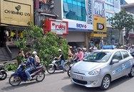 Hà Nội: Lái xe Lexus nguy kịch sau vụ tai nạn liên hoàn