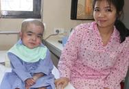 Em bé Việt Nam đầu tiên khỏi bệnh 'lột da ếch' nhờ ghép tủy