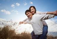 Hình mẫu cặp đôi hạnh phúc