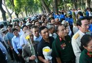 Hàng vạn người đổ về viếng Đại tướng Võ Nguyên Giáp