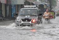 Đà Nẵng đang mưa lớn, nhiều tuyến đường ngập nặng