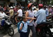 TP HCM: Học sinh nghỉ sớm, gần 4.000 dân đã di tản đến các nơi an toàn để tránh bão số 13