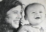 Em bé trong 'Cánh đồng hoang' giờ thành tỷ phú