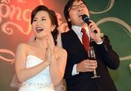 """GS Xoay và vợ hát """"Sao em nỡ vội lấy chồng"""""""