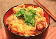 Gà chiên giòn sốt trứng kiểu Nhật