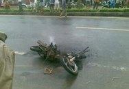 Vi phạm giao thông, đốt xe giữa phố