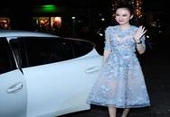 Angela Phương Trinh đi siêu xe mới lộ diện sau scandal bỏ học